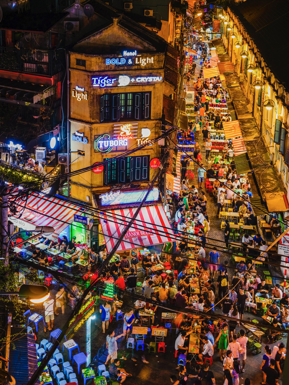 76- Đêm Hà Nội – Nguyễn Hồ Việt