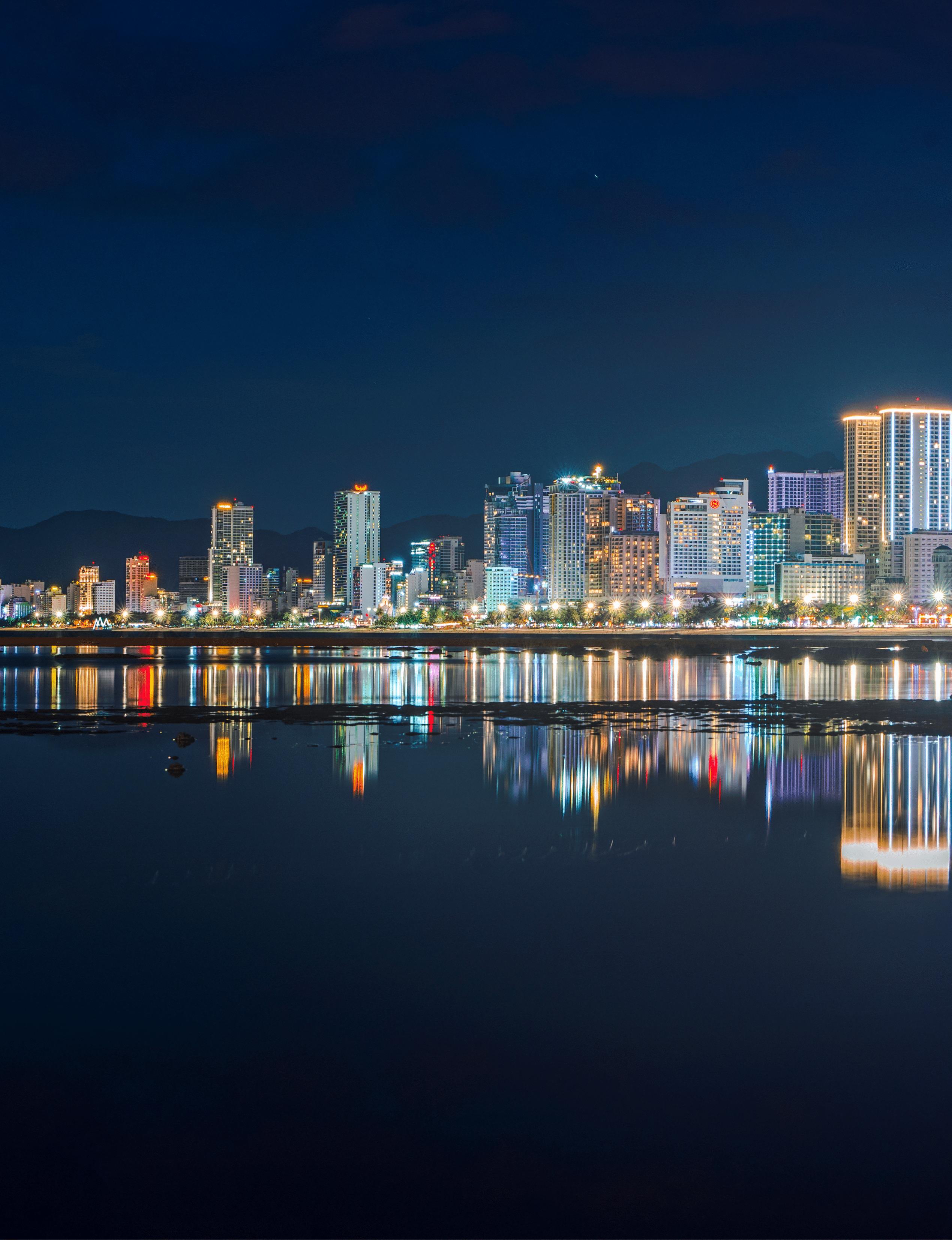 271- Nha Trang City By night – Lê Đăng
